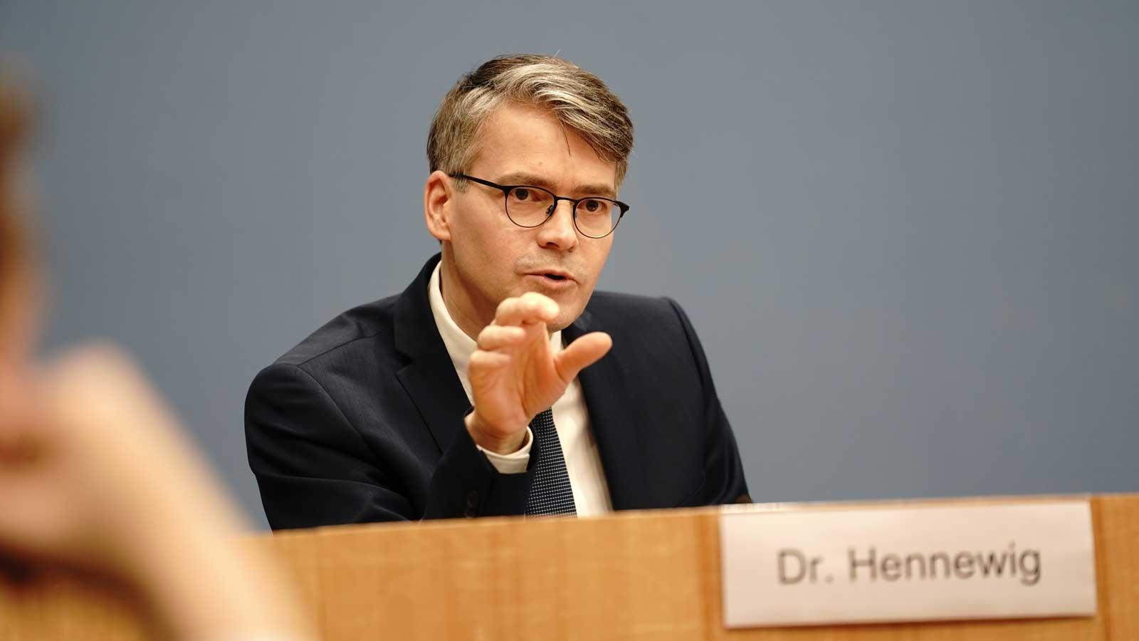 Bundesgeschäftsführer Dr. Stefan Hennewig