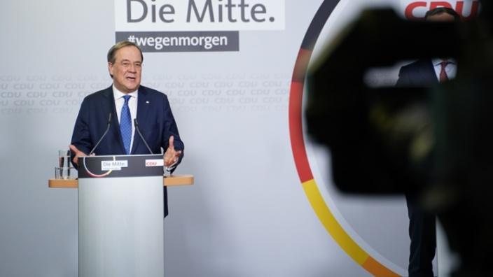 Der CDU-Vorsitzende Armin Laschet nach der Bekanntgabe des Briefwahlergebnisses im Konrad-Adenauer-Haus in Berlin